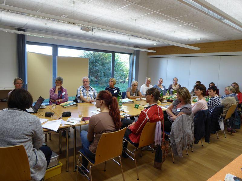 Teilnehmerinnen und Teilnehmer am MoKi-Workshop. Bild : NUA